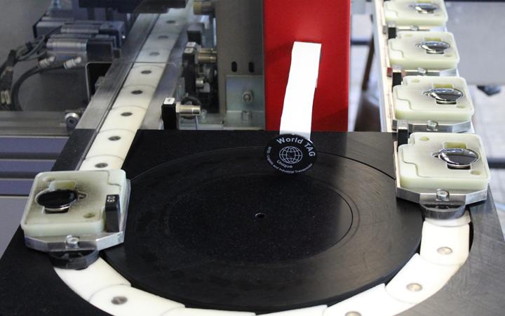 RFID Schlüsselanhänger Produktion
